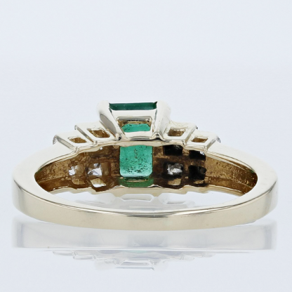 1 Carat Emerald w/ .88ctw in Diamonds