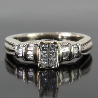 10K White Gold Princess Diamond RIng