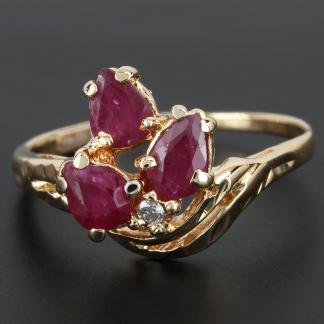 18K Ruby Flower and Diamond RIng